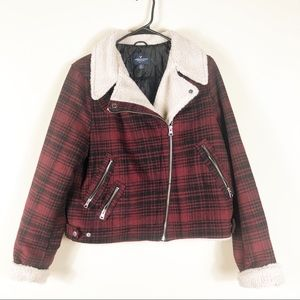 American Eagle Red and Black Plaid Coat Size Large